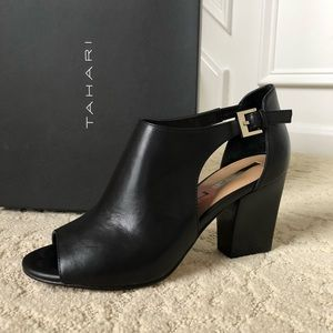 Women's Tahari Black Shoes